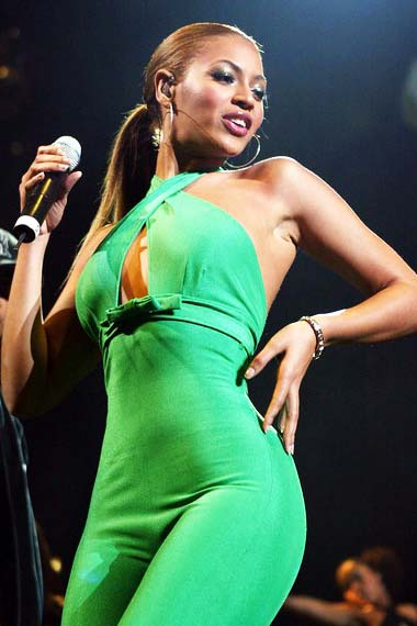 Curvy Beyonce Knowles